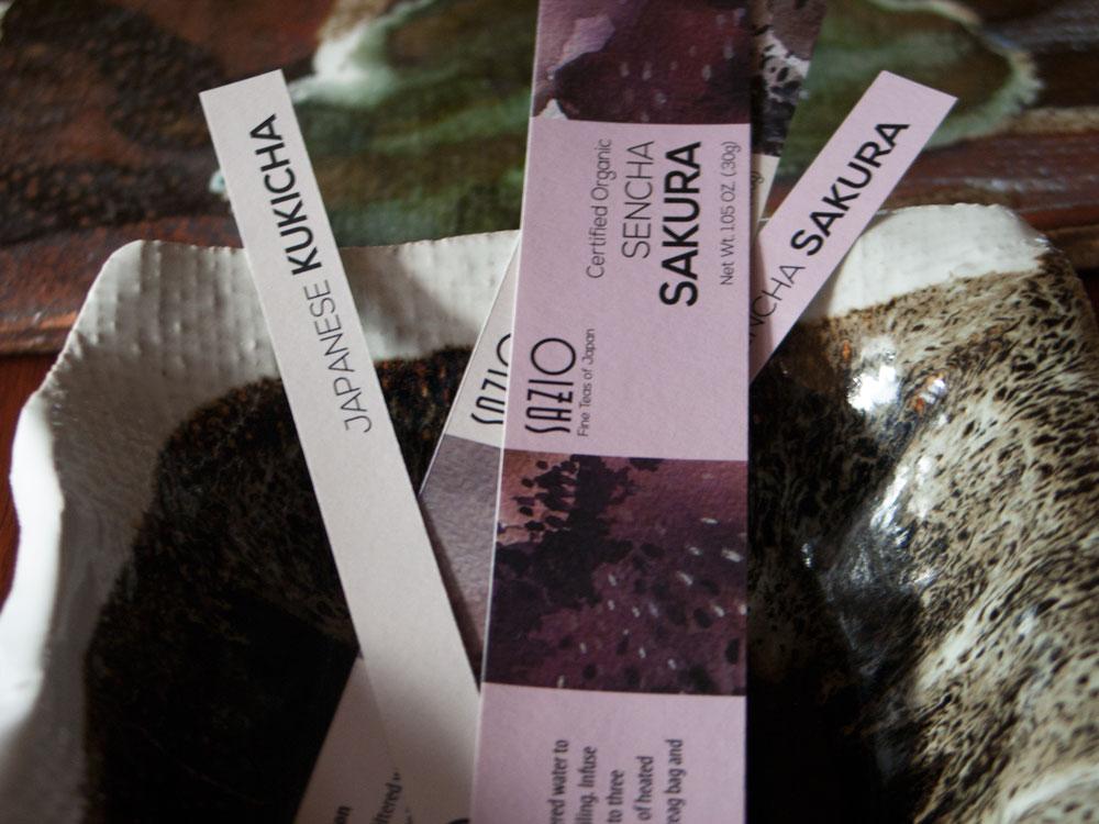 close-up-tea-packaging-labels-flux-appeal